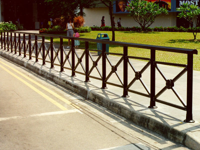 Customized Design Handrails In Black Powder Coating Finishing In Front Of Cathay Building