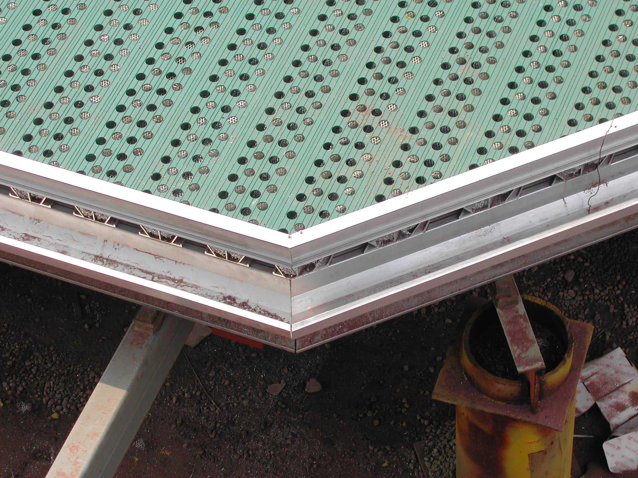 Deck Edge B11